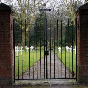restauratie klassieke dubbele poort