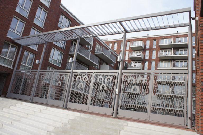 Poort voor De Drie Hoefijzers Breda Verstijlen Hekwerken